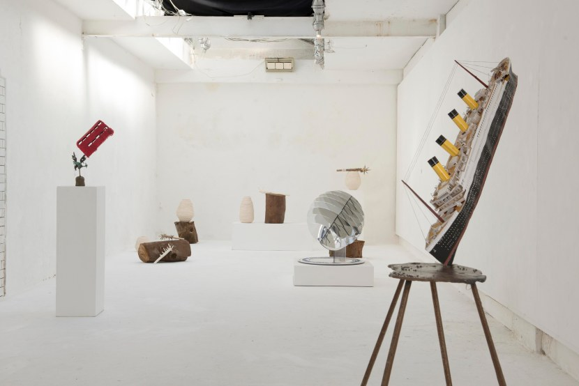 Installation View Historical Futures