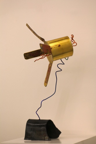 Weightlessness, Brass and lead with wire, 2015 (Photo by G Baldari)