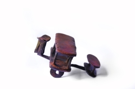 Jumbo, Patinated bronze, 9W X 7H X 10D CM, 2016